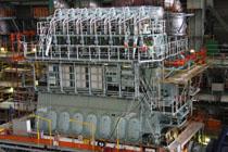 ガス焚き舶用ディーゼルエンジン
